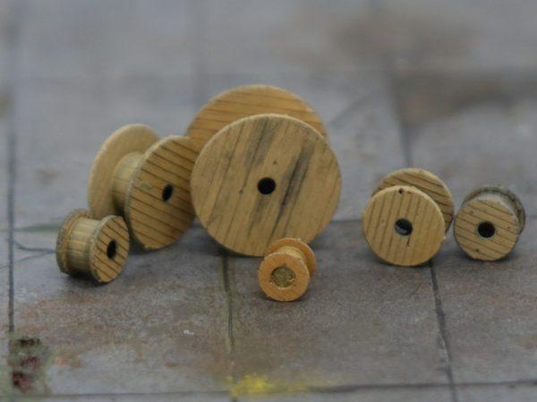 HO Scale wood reels